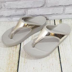 Crocs thongs size 5W